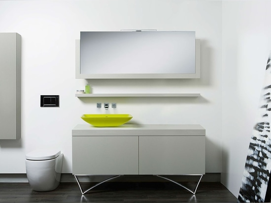 Kreative Italienisch-gebildete Speicherlösungen für das moderne Badezimmer