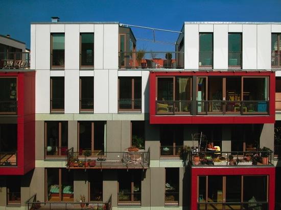 Korb-Wohnungsprojekt: Wohnetagen Steinstrasse, Berlin-Mitte, 2004. (Foto: carpaneto.schöningh Architekten)