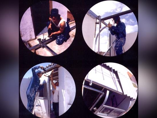 """""""Recetas urbanas"""" Bautätigkeit auf einem Dach in Sevilla"""