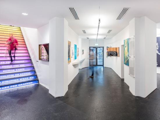 """Zeitgenössische Kunst im Fokus: Zumtobel beleuchtet """"URBAN NATION"""" – das einzigartige Urban-Art-Museum in Berlin"""