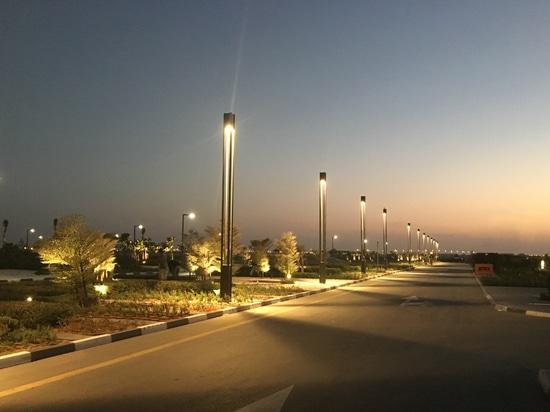 Vip-Anschluss- internationaler Flughafen Al Maktoums (Dubai)