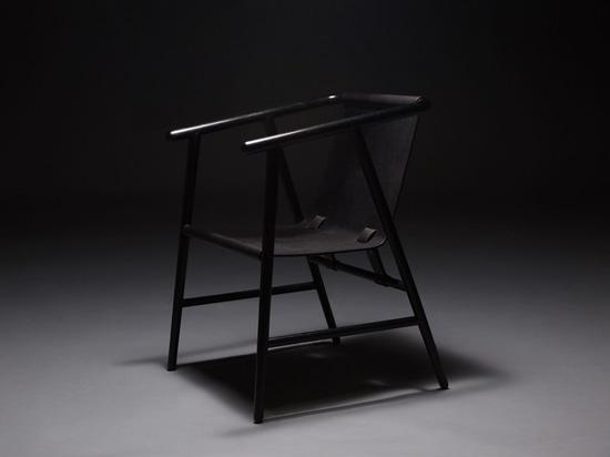 """Schwarzer Traum ist eine Reihe """"Möbel mit Seele"""" durch Sheng Yin und Kai Yi"""