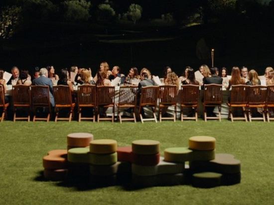 Tapa-Pouffes erschienen in Sorrentinos neuem Film