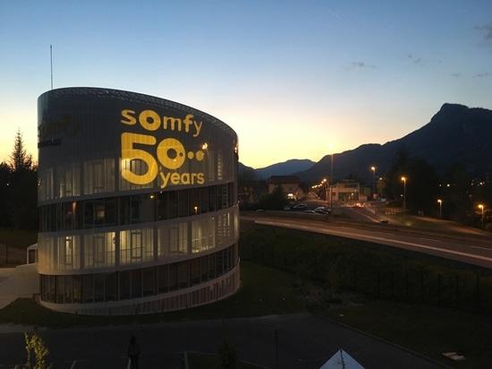 Divum zum 50-jährigen Jubiläum von Somfy