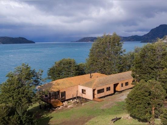 Chilenisches Patagonien: ein Haus am See