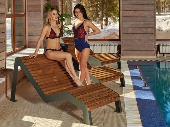 Poolbereich - Liegestühle