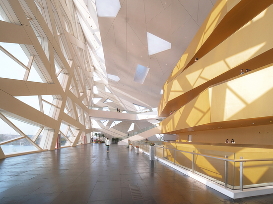 Hangzhou Yuhang Oper / Henning Larsen
