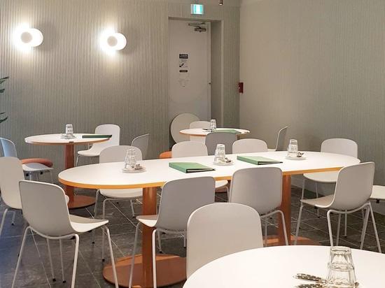 Pastoboy Restaurantvertragsprojekt mit Cadrea und Holi Stühlen von TOOU