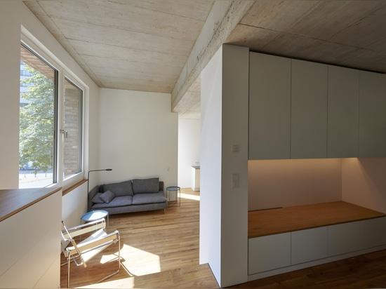 Stylepark-Gebäude auf dem Kirchhof / NKBAK