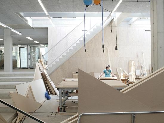Gerrit Rietveld Akademie und Sandberg Institut / Studio Paulien Bremmer + Hootsmans Architekten