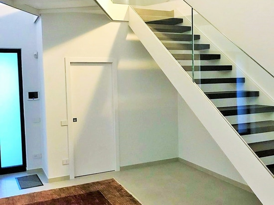 VERBINDUNG LUX_Staircase