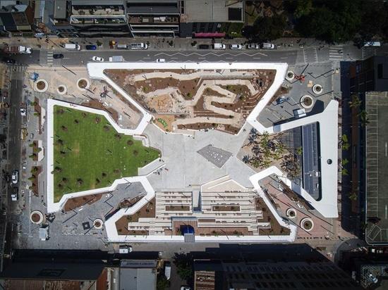 Verschüttetes Parkhaus schafft dringend benötigten Freiraum in Melbournes Prahran