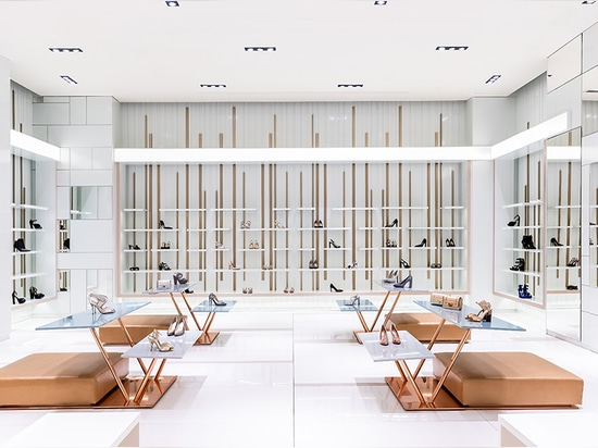 Kaufhaus Salam, Doha, Katar - KERLITE 5plus SCHWARZ-WEISS - KERLITE 5 plus CLUNY