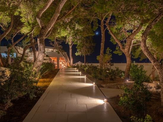 Four Seasons Astir Palace Hotel