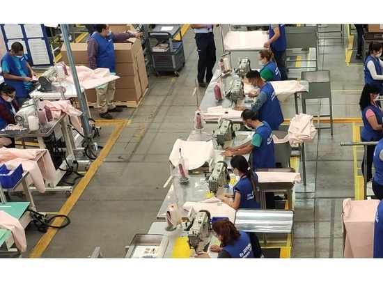 Ford verwendet Airbagmaterial zur Herstellung von Krankenhausmänteln für COVID-19-Einsatzkräfte