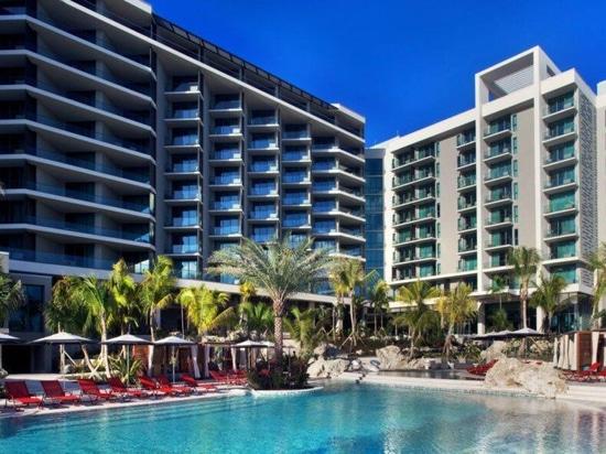 Solarbetriebenes Hotel auf Grand Cayman mit schildkrötenfreundlicher Beleuchtung
