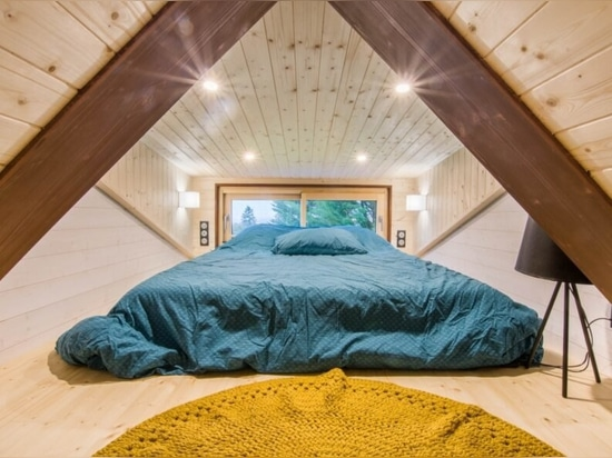 Mit Hanf, Baumwolle und Leinen isoliertes kabinenartiges Häuschen