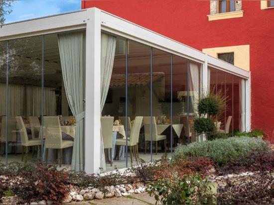 ISOLA 3 von KE gestaltet ein neues Outdoor-Bereich für das Restaurant Il Casale da Renatone