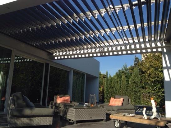 Erstaunliche Pergola zur Beschattung Ihrer Terrasse