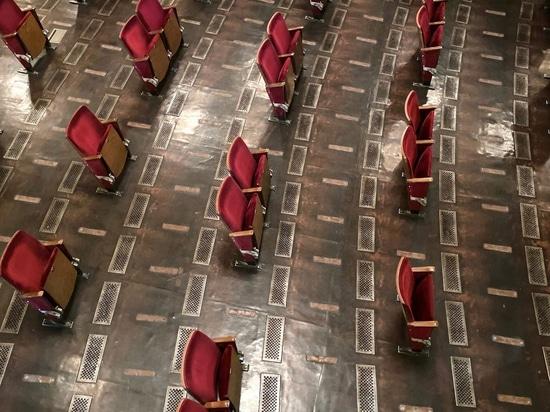 Berliner Ensemble gibt Einblick in sein sozial distanziertes Theater