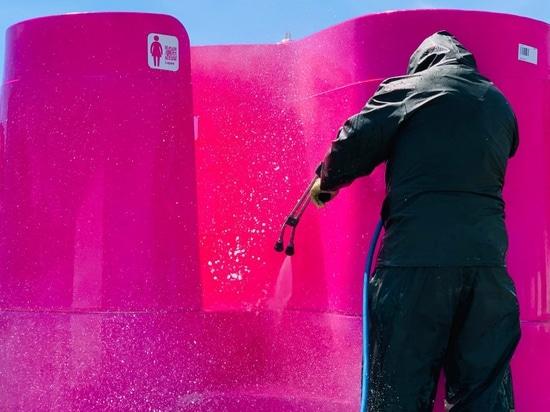 Designer von Außenurinalen bieten Lösungen für das Problem einer Pandemie öffentlicher Toiletten