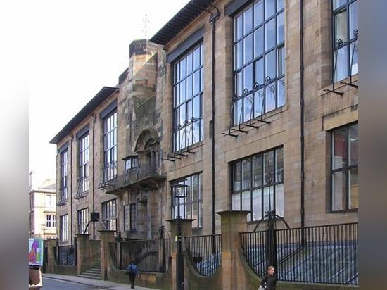 Fünf Architekten zogen in die engere Wahl, um Mackintoshs Glasgow-Schule der Kunst wieder herzustellen