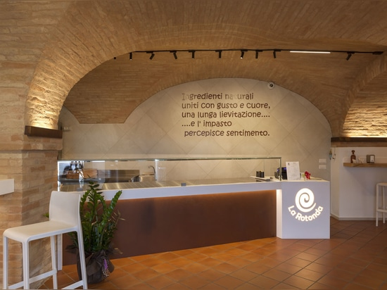 Cafeteria/Pizzeria La Rotonda