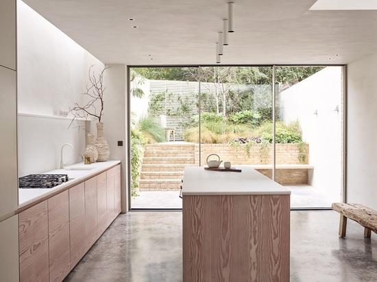 Küche, Straßenprojekt Powerscroft. Mit freundlicher Genehmigung des Tagesausflugsstudios.