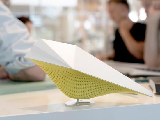 AirBird ist ein intelligenter Sensor, der zwitschernd auf Luftverschmutzung in Innenräumen hinweist