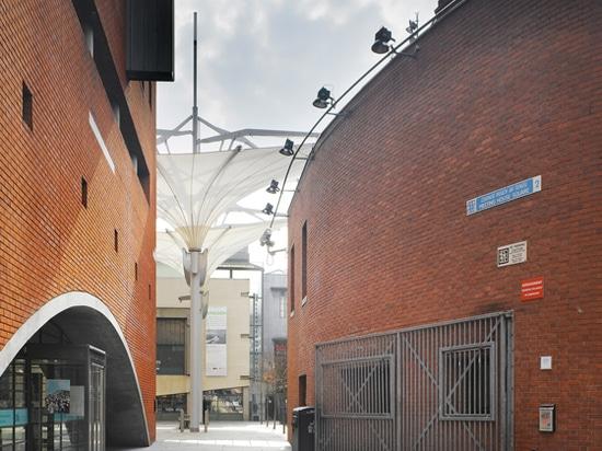 Feste Stichtage, feste Infrastrukturzusammenhänge: Dublins Sitzungs-Haus-Quadrat liegt in der vibrierenden, aber schmalen-streeted Stadt, kulturelles Viertel des Tempel-Stabes? alles Teil der Herau...